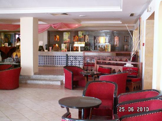 Hotel Cedriana: Bar (personnel trés sympa)