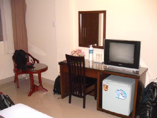 NN99 Hotel: Room
