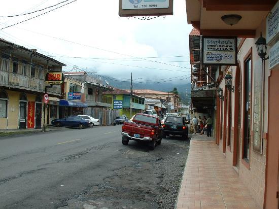 Volcan Baru National Park: Boquete Steet scene