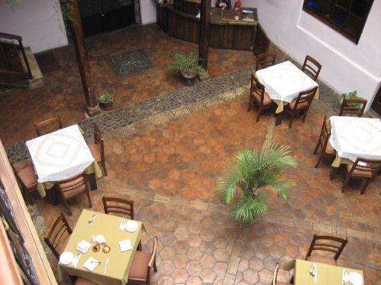Casa Ordonez: Courtyard
