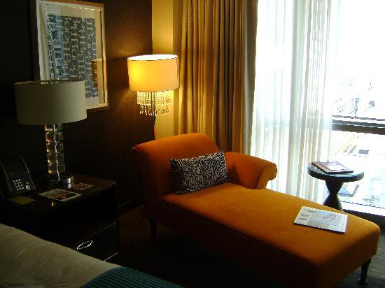 theWit - A DoubleTree by Hilton: The chaise