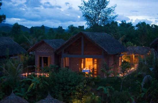 Pilgrimage Village: Romantic Night