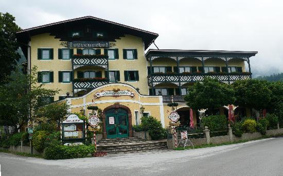 Hotel Torrenerhof von vorne