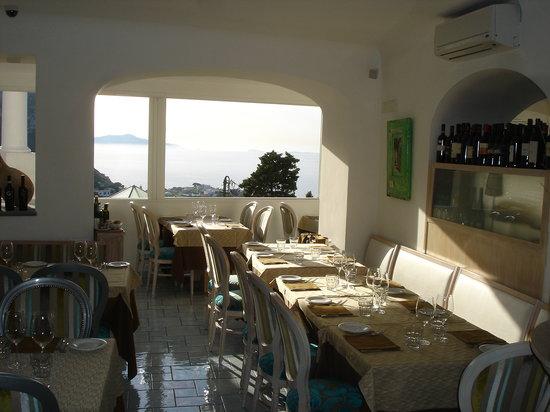 Ristorante Capricorno : Vista ristorante con panorama