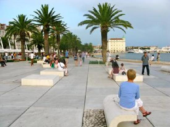 Split Apartments - Artistic, Rapsody, Euphory: Split harbour promenade