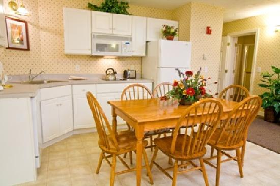 Eastern Slope Inn: Deluxe Accommodations with Kitchen