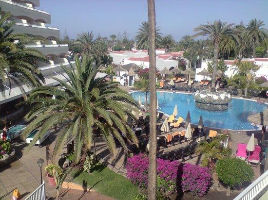 Piscina bild fr n sol barbacan hotel playa del ingl s for Piscina playa del ingles