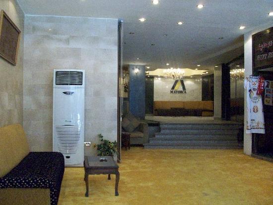 Mayorca Hotel: Lobby