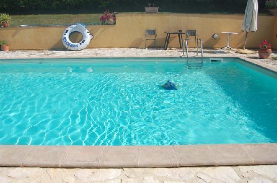 La Cardoncina : la piscina