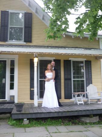 Wilder Farm Inn B&B: spent out 1st honeymoon night here