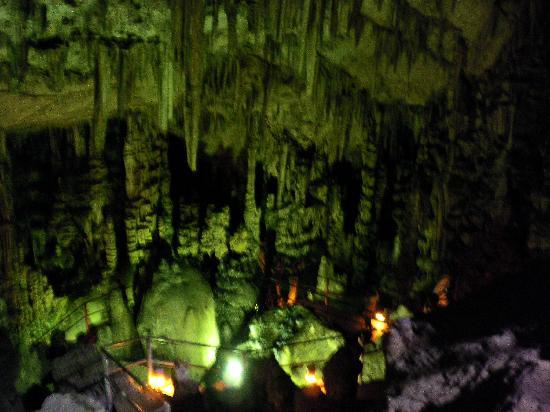 Dikteon Cave: Diktaean cave