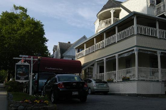 "Bar Harbor Castlemaine Inn B&B: ""The porch is very relaxing and quiet"""