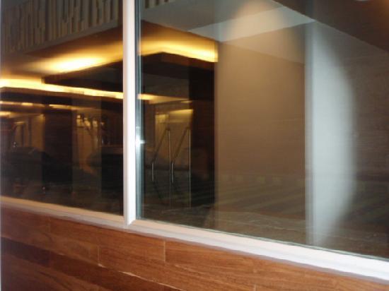 Bogota Marriott Hotel: Piscina cerrada