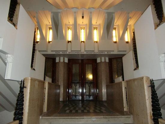 Grand Hotel Amrath Amsterdam : escalera