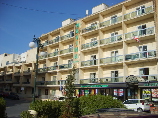 Mavina Holiday Complex: Front of the Hotel