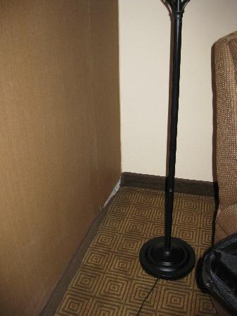 Park Inn by Radisson Houston North & Conference Center: example of wear and tear