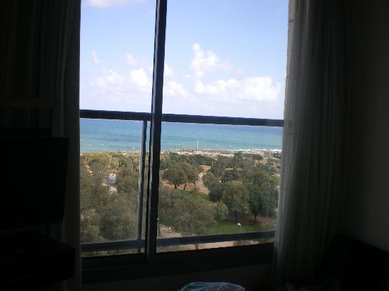 Melody Hotel   Tel Aviv - an Atlas Boutique Hotel: Ausblick aus dem Zimmer