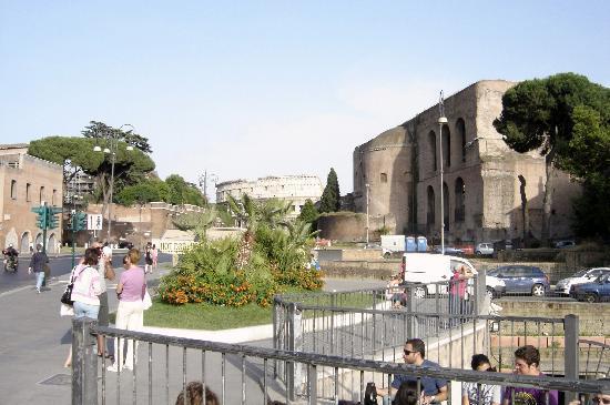 古羅馬飯店照片