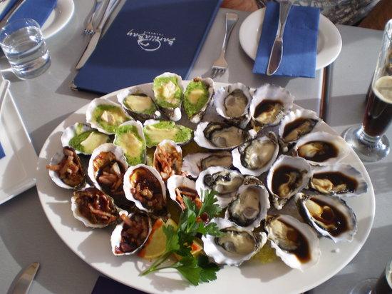 Barilla Bay: oyster platter