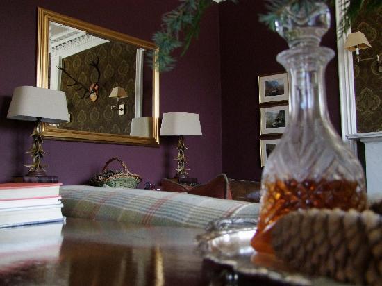 Knockendarroch Hotel & Restaurant : Lounge