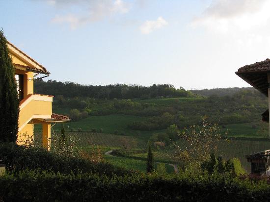 Casa Lari Relais: La vue depuis le balcon avant, face au coucher du soleil.