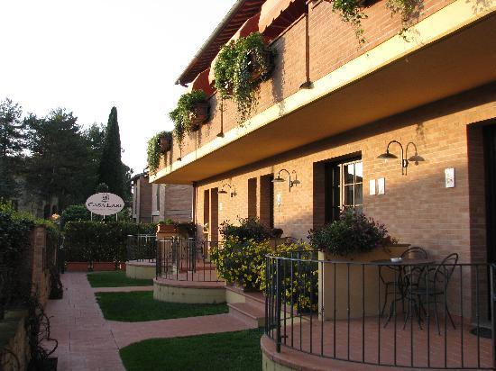 Casa Lari Relais: La Casa Lari, dans la splendeur d'une fin de journée.