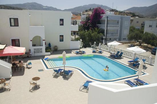 Zephyros Village Hotel