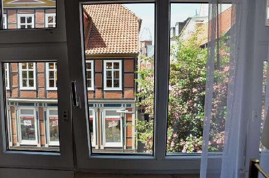 H+ Hotel Herzog Widukind Stade: Sicht aus dem Zimmer