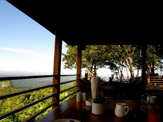 Popa Mountain Resort: Restaurant