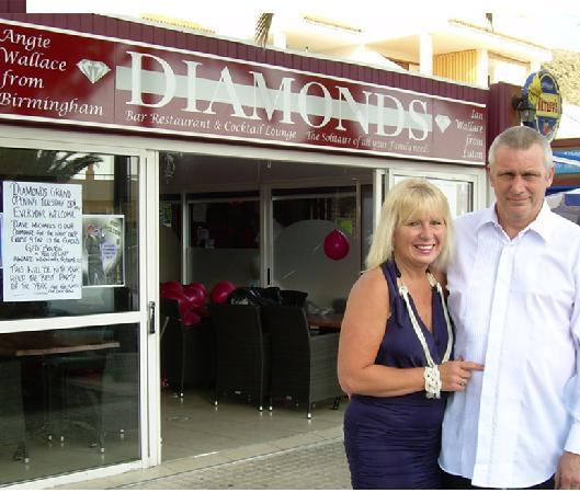 Angie & Ian - proprietors of Diamonds Bar