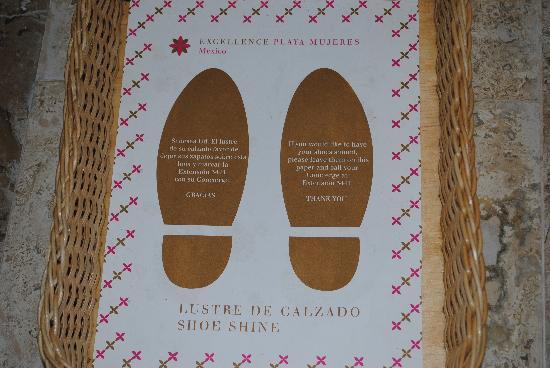 Shoe Polishing Service : Safe free foto di excellence playa mujeres