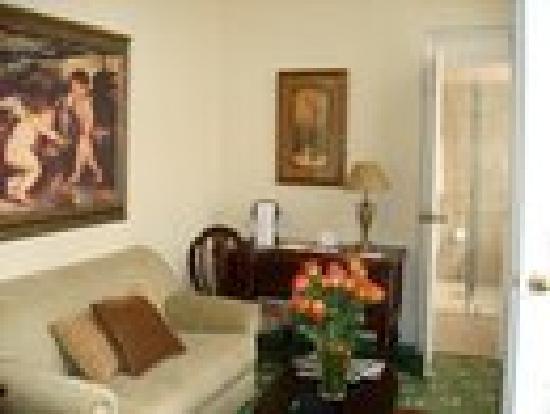 Boutique Hotel Mansion del Angel: En suite Living room