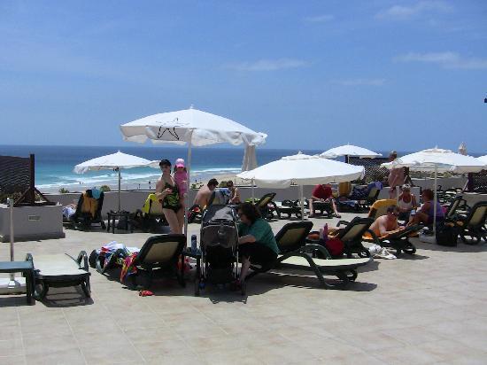 Iberostar Fuerteventura Palace: Blick vom Pool zum Meer