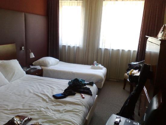 Golden Tulip Weert Hotel: The bedroom