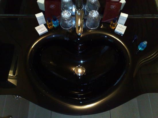 Golden Tulip Weert Hotel: The sink!