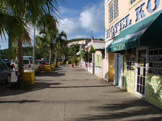 "El Caobo: Not far from Dewey AKA ""Town"""