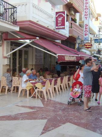 La Carihuela: If you try just one place to eat go to the Levante