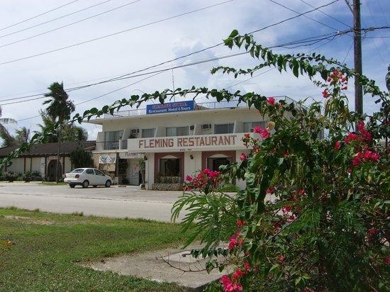 Tinian, หมู่เกาะมาเรียนา: フレミングホテル外観