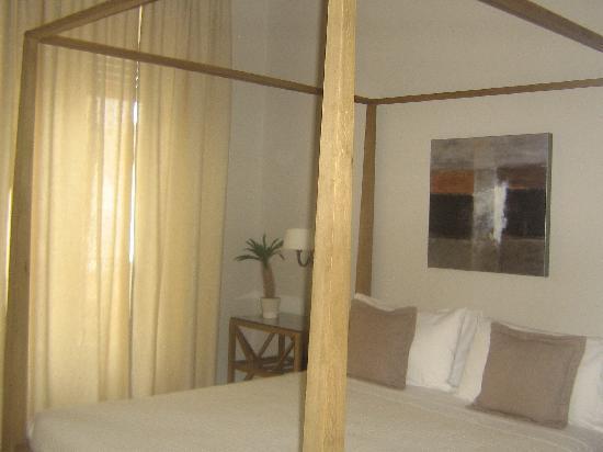 parte della camera! - Picture of B&B Maxim, Palermo - TripAdvisor