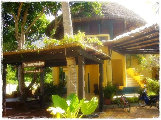 Phra Nang Lanta by Vacation Village: reception area
