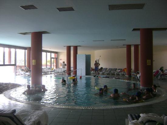 Fordongianus, Italia: piscina interna