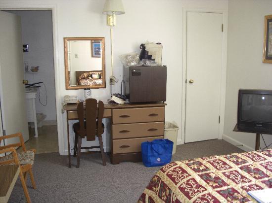 Peak To Peak Lodge: My room!!