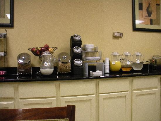 Red Roof Inn Gurnee - Waukegan: Breakfast
