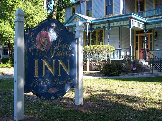 Seven Sisters Inn: A distinguished Bed & Breakfast in Historical Ocala
