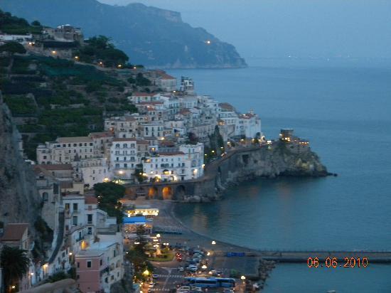 NH Collection Grand Hotel Convento di Amalfi : Entardecer visto do quarto
