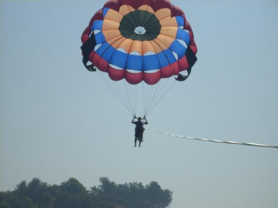 Гоа, Индия: Paragliding in Goa