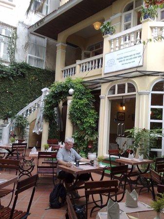 Hoa Sua Training Restaurant: Hoa Sua Restaurant Hanoi