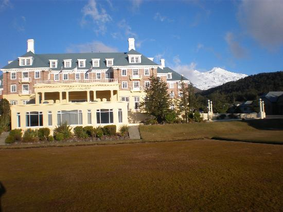 Whakapapa, Nuova Zelanda: View of the Chateau