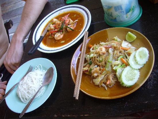 Tao Thong Villa: Essen