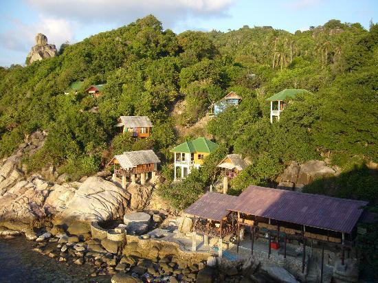 Tao Thong Villa: linke Seite der Bugalowanlage